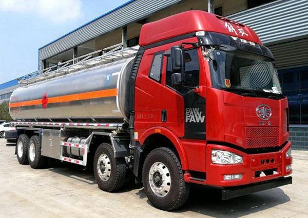 油罐车  东风天锦油罐车  小型油罐车  油槽车 工程加油车 厂家批发价格