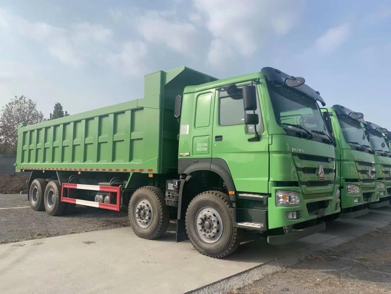 重汽豪沃8.5自卸車綠色
