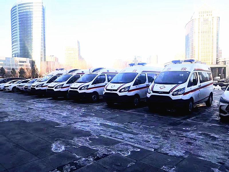江铃362国六救护车最新报价_全顺长轴中顶国六监护型救护车价格_哪里买国六救护车多少钱一台