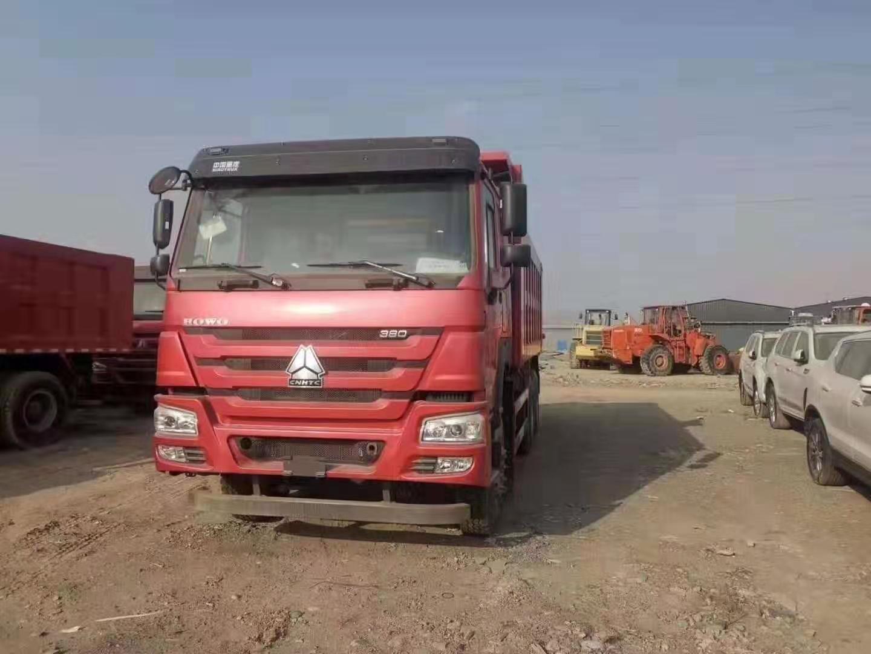 中国重汽高品质5.8自卸车