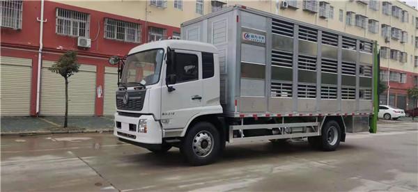 國六東風天錦6.8米鋁合金豬苗運輸車面世
