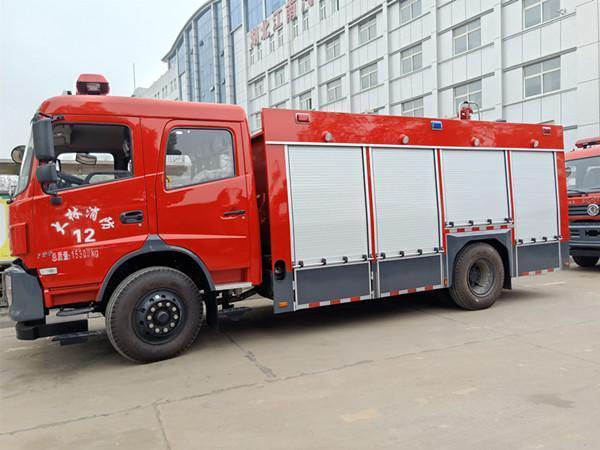 国五5吨泡沫消防车厂家直销