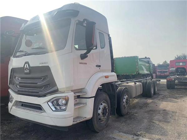 380马力8✘4驱动N6G载货车