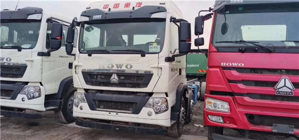 340马力豪沃T5G6✘2 驱动载货车