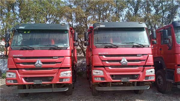 特價380馬力豪沃8.2米自卸車