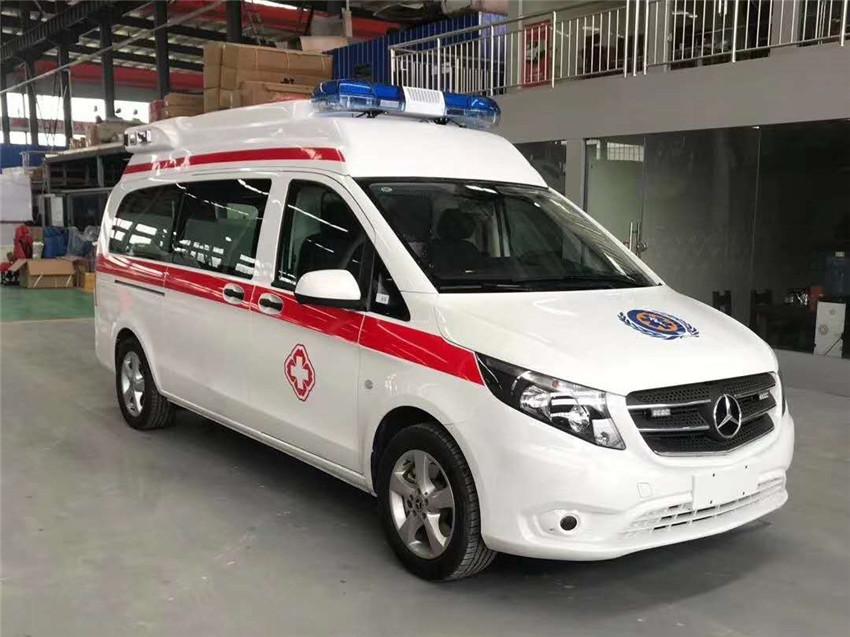 特价国六救护车:国六排放奔驰新威霆高顶重症监护救护车汽油版