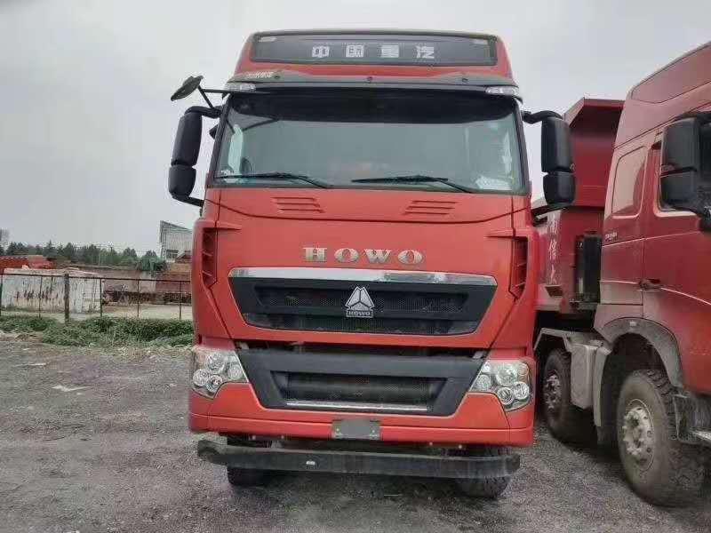 豪沃 T 牽引車 LNG440馬力國六