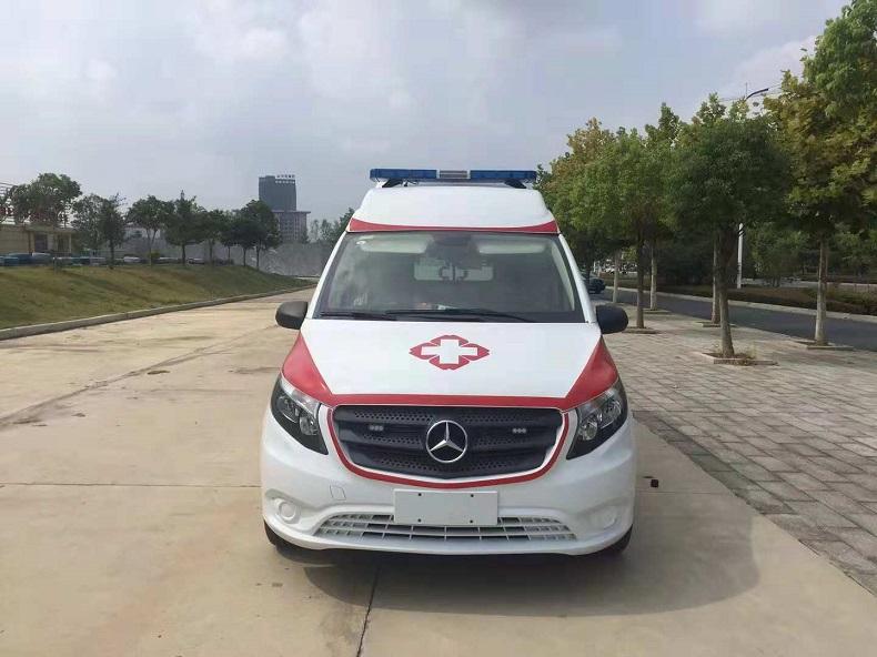 奔驰威霆救护车-2020款航空版负压救护车下线!