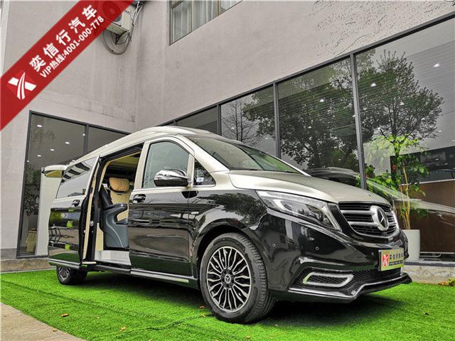 奔馳V級7座商務車專屬修改定制 奔馳V260雙拼色 包牌價格98.8萬元