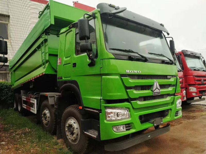 7.3米渣土车,底盘:HOWO-7;8×4自卸车