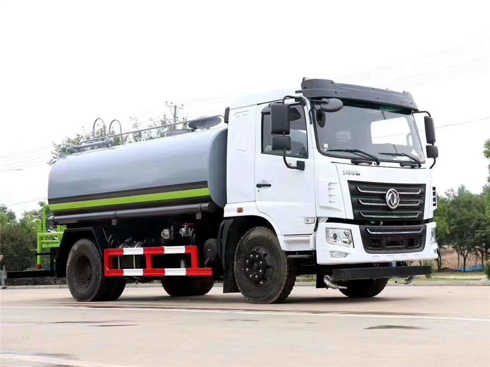 国六东风F5洒水车(玉柴发动机12吨)