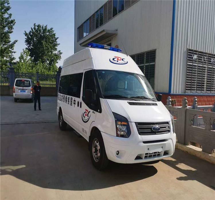 可以坐7人的消毒防疫车哪里购_国六福特v348卫生防疫车生产厂家