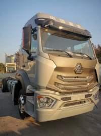 高顶6.8米240马力载货,豪瀚 N5;载货车