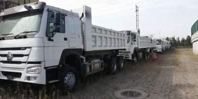 豪沃右置6米自卸车出口版