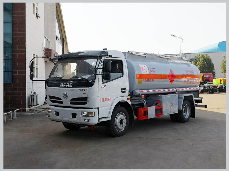 多利卡8吨油罐车要不要安装EBS?