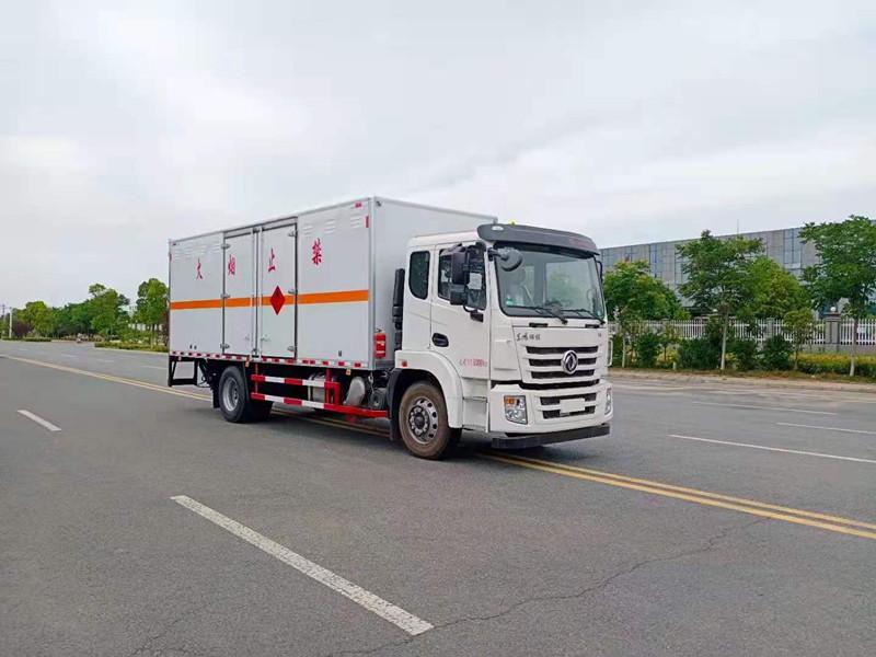 東風錦程國六6.8米易燃氣體|液體|雜項廂式運輸車廠家報價