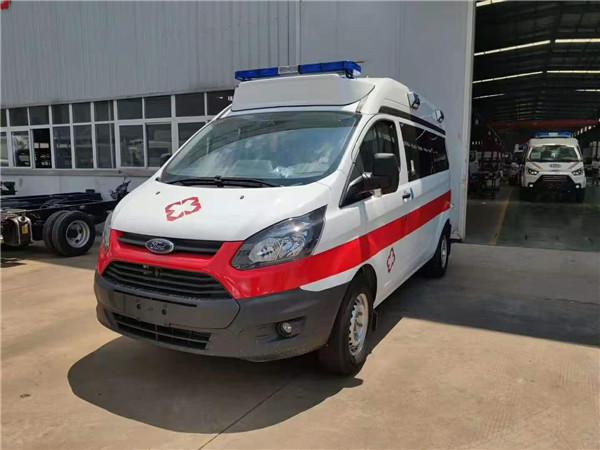 国六搞定中轴救护车热销报价 福特V362救护车箱体配置价格表