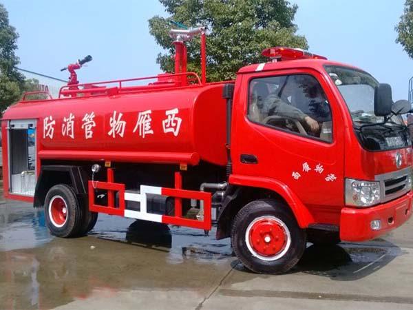 東風8噸消防灑水車