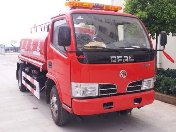 东风5吨消防洒水车