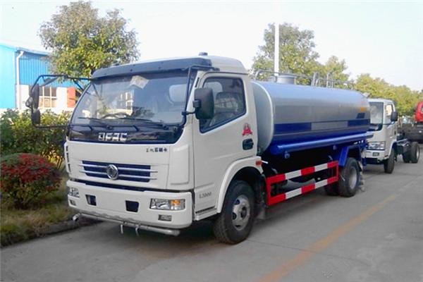 東風10噸灑水車