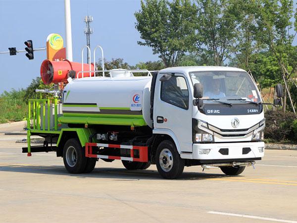 国六东风5吨洒水车喷雾抑尘车
