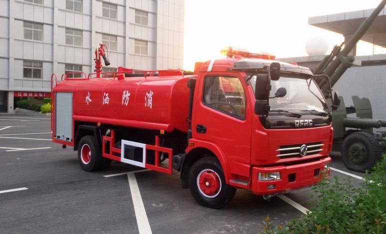 【济宁】二手5方水罐消防车价格 价格3.00万 二手车