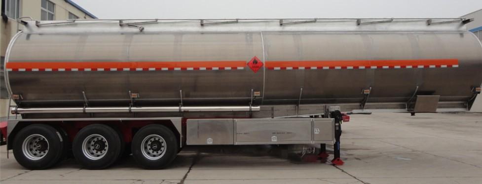 30吨铝合金油罐车现货低价促销,流动加油车配件价格二手车