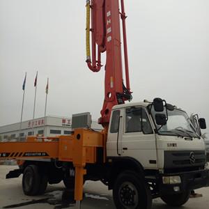 邯工小型混凝土输送泵车