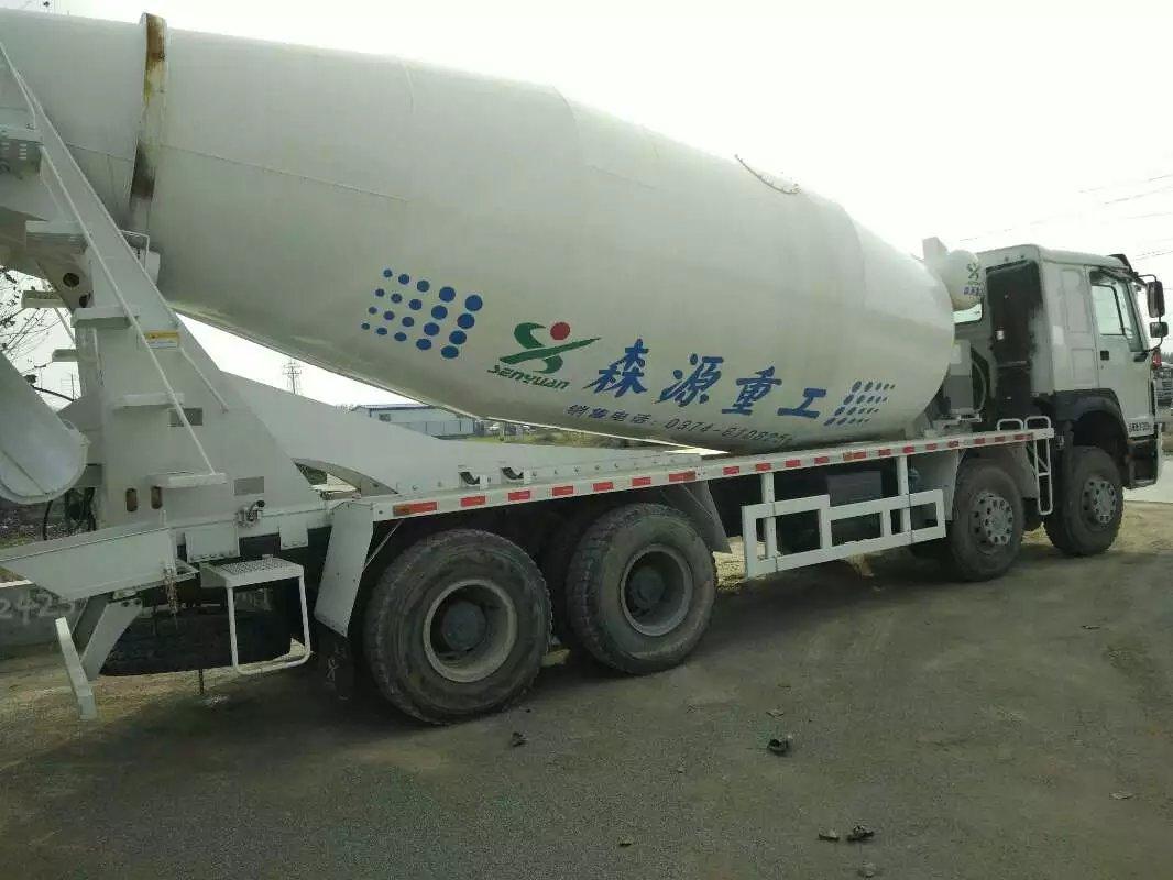 中国重汽搅拌车二手车