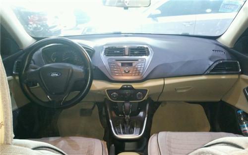 福特福睿斯 2015款 1.5L 自动舒适型二手车