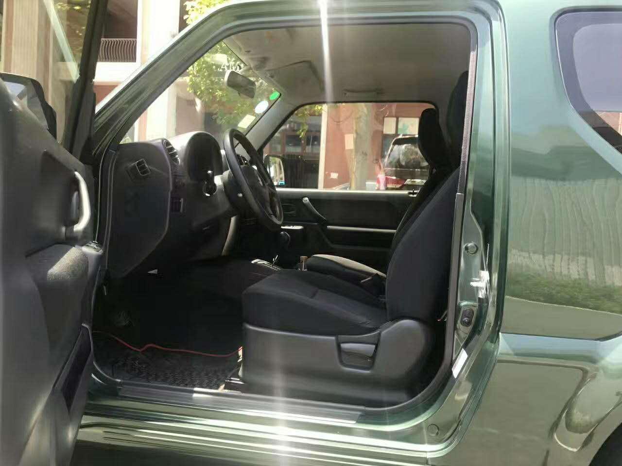 铃木吉姆尼2012款1.3自动四驱款二手车