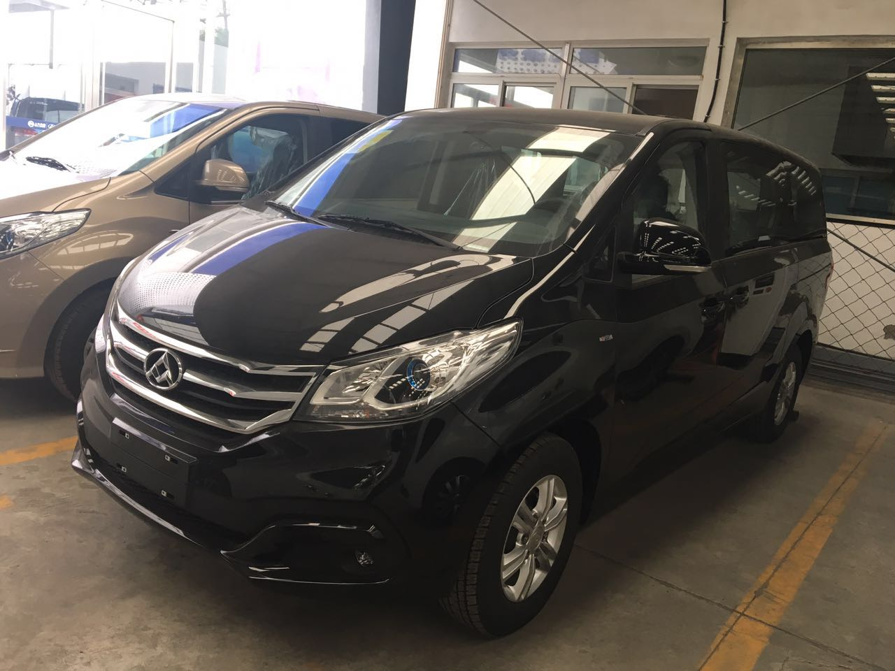 【北京】上汽大通G10精英版 价格15.88万 二手车