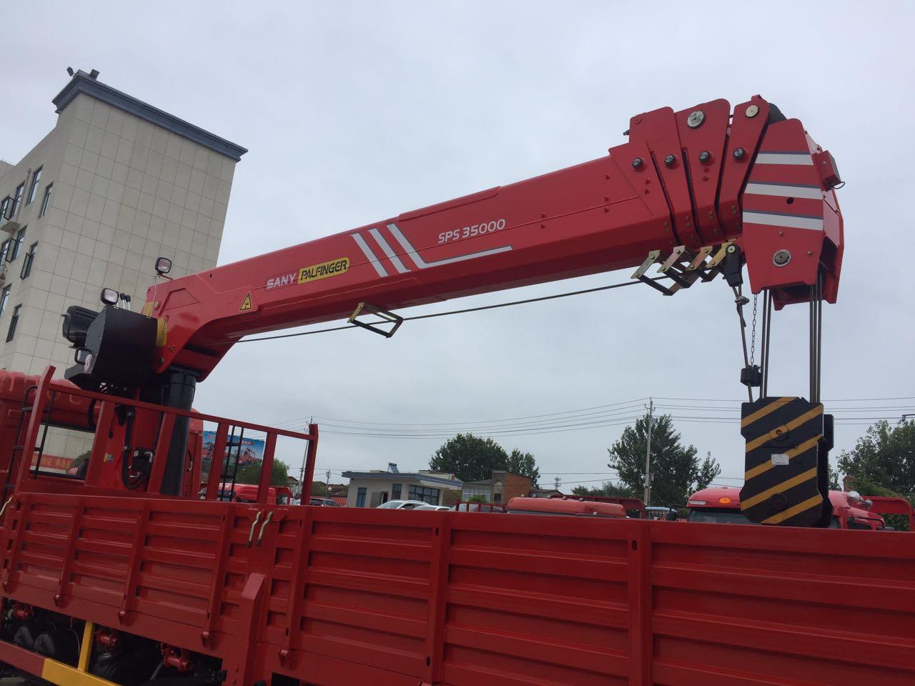 【随州】东风后八轮12吨随车吊 三一重工14吨吊车  价格28.00万 二手车