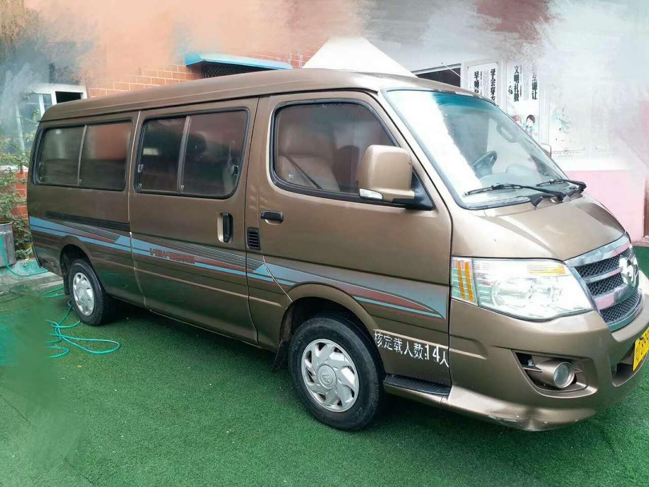 14座福田轻型客车