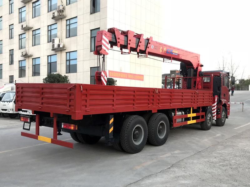 陕汽德龙16吨随车吊价格 16吨随车吊图片二手车