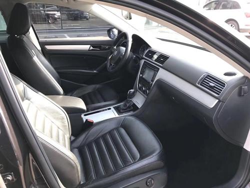 【青岛】帕萨特 2013款 1.8TSI DSG御尊版 价格13.11万 二手车