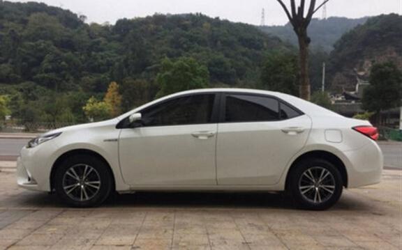 雷凌 2017款 1.2T V CVT豪华版11二手车