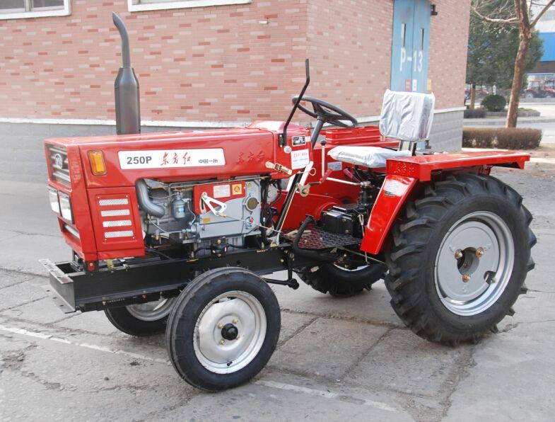 小型农用拖拉机