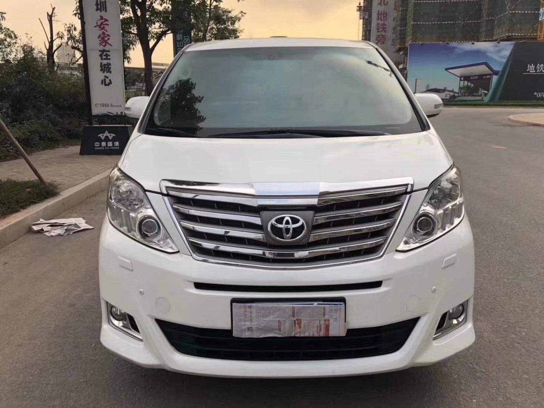 15款丰田阿尔法 V6-3.5 白色米内