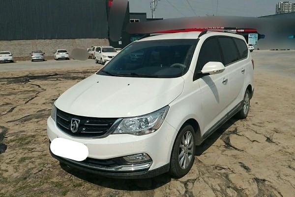宝骏730 2016款 1.5L 手动舒适型 7座二手车