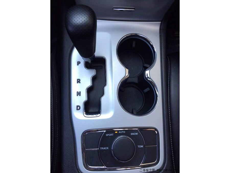【大连】大切诺基 SRT 2013款 6.4L SRT8 炫黑版 价格53.80万 二手车