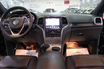 【无锡】大切诺基(进口) 2013款 3.6L 舒适版 价格32.80万 二手车