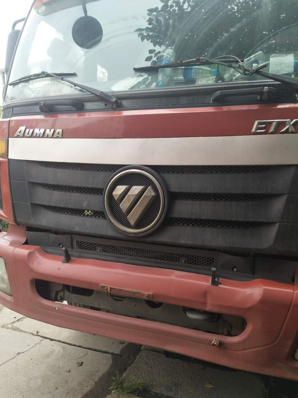 欧曼 ETX  310马力  7米8车厢