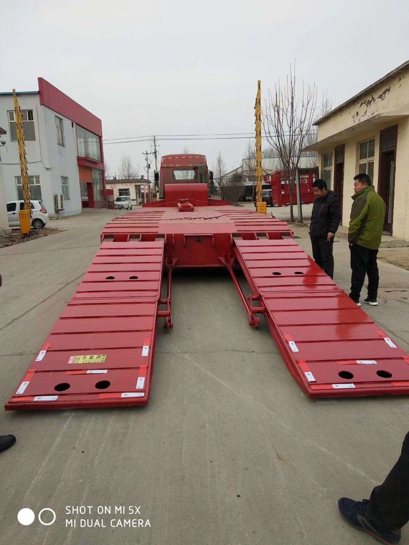 【济宁】三桥低平板半挂车13米 价格71000.00万 二手车