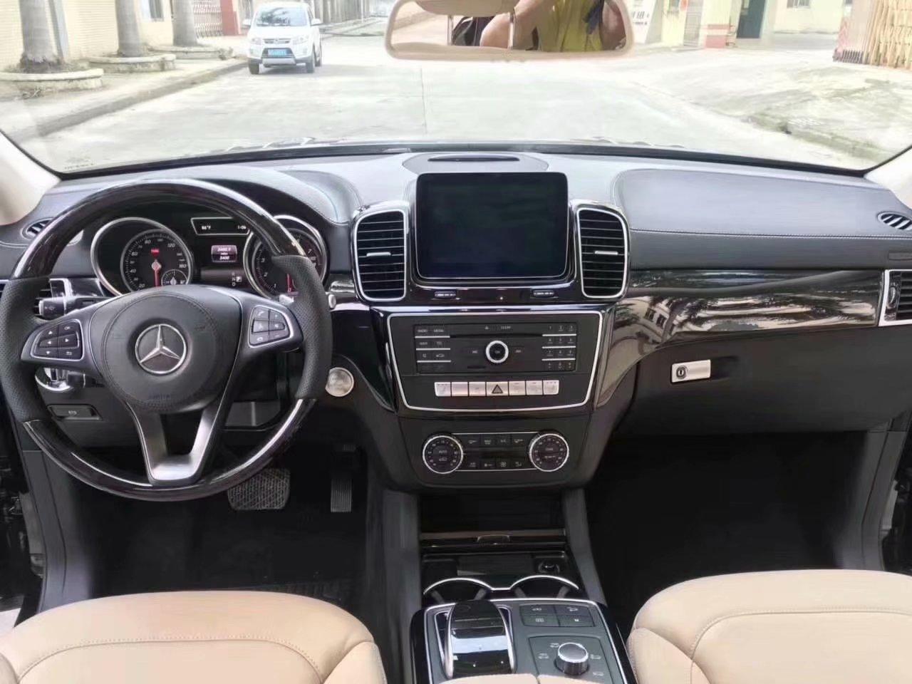 【吐鲁番】奔驰GLS450 价格60.00万 二手车