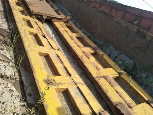 【宜春】11年豪沃  车厢5米8  带加高栏板 价格10.80万 二手车