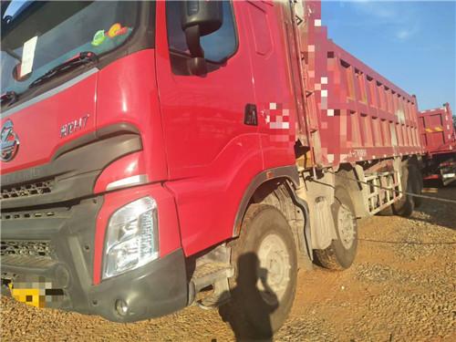 乘龙H7 八个月 400马力  淮柴动力 车厢8米2