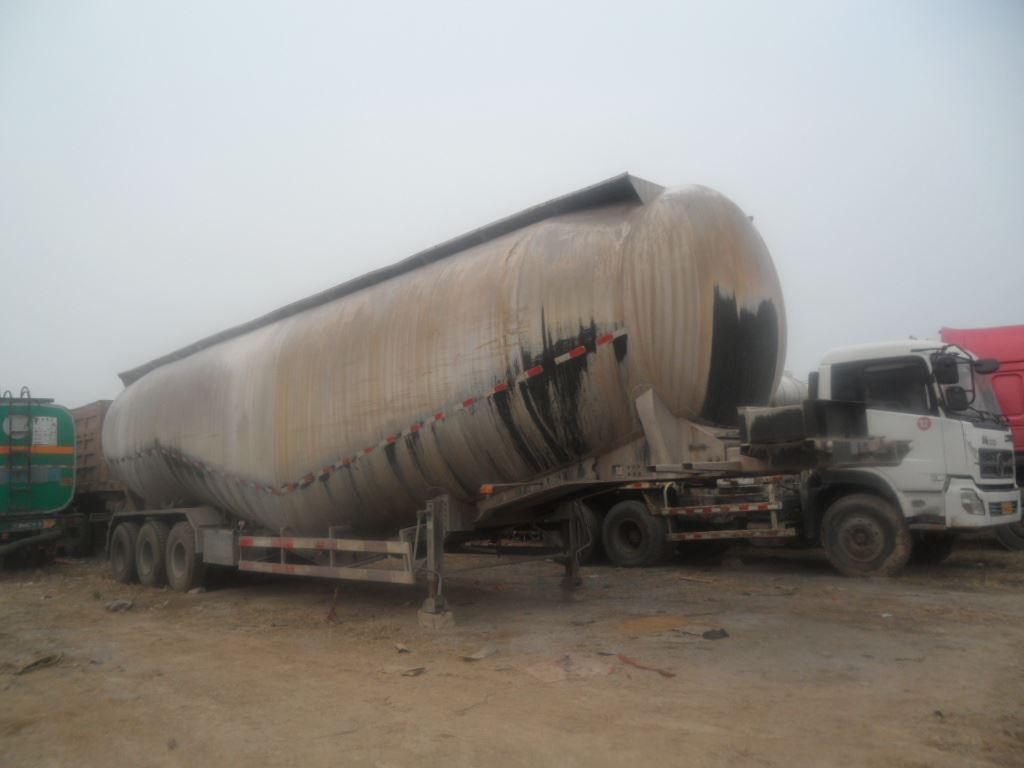 出售散装水泥罐车40---120