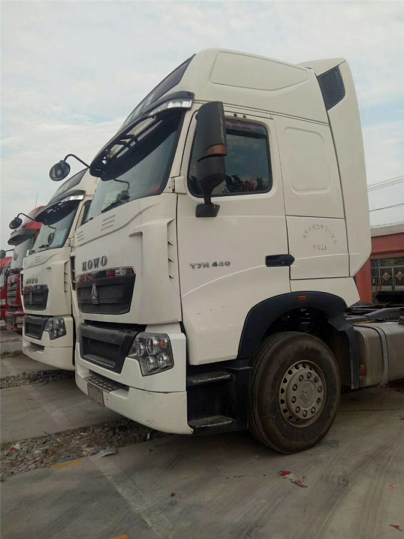 二手重汽豪沃T7重卡440马力德国曼发动机分期出售二手车