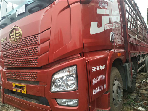 JH6 车辆刚满一年己审 350马力,带9米6苍栏二手车